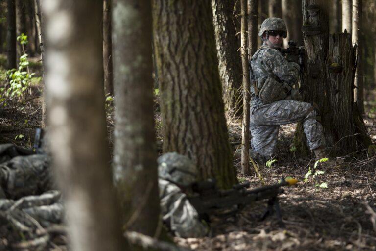 Rohkem Ameerikat Võrumaa metsades: sel kevadel Eestisse saabunud Ameerika õhudessantväelased võtsid osa ka iga-aastasest suurõppusest Kevadtorm.