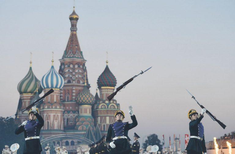 Kui sanktsioonid ei suuda panna piiri Moskva soovile relvadega vehkida, siis tuleb mõelda uute ja tõhusamate mõjutusvahendite käikulaskmisele.
