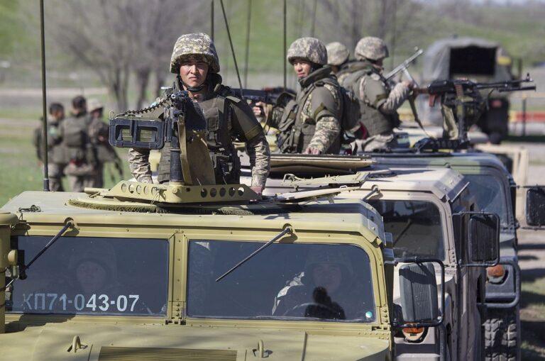 Kasahhi sõdurid valmistuvad rahvusvaheliseks taktikaliseks õppuseks Stepikotkas.