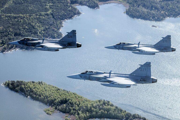 Rootsi ja USA õhuväe õppus. USA ja Soome on Rootsi tähtsaimad partnerid kaitsekoostöös.