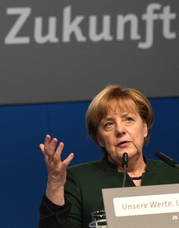 Angela Merkel detsembri algul parteikaaslaste ees. Saksamaa tuleviku seisukohalt on olulised järgmisel aastal peetavad parlamendivalimised.