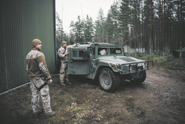 Läti sõdurid, kes on osa Põhjala lahingugrupist, Rootsis harjutamas. Põhjala lahingugruppi on panustanud ka Eesti, kuid lahingugruppe pole kunagi kasutatud.