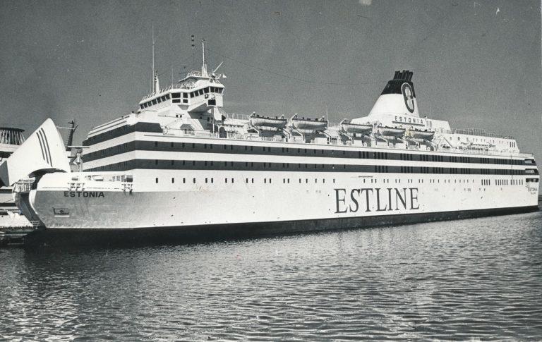 Üks suurimaid Eestiga seotud lugusid oli kahtlemata parvlaeva Estonia katastroof 1994. aastal. Pildil Estonia 1994. aasta suvel.