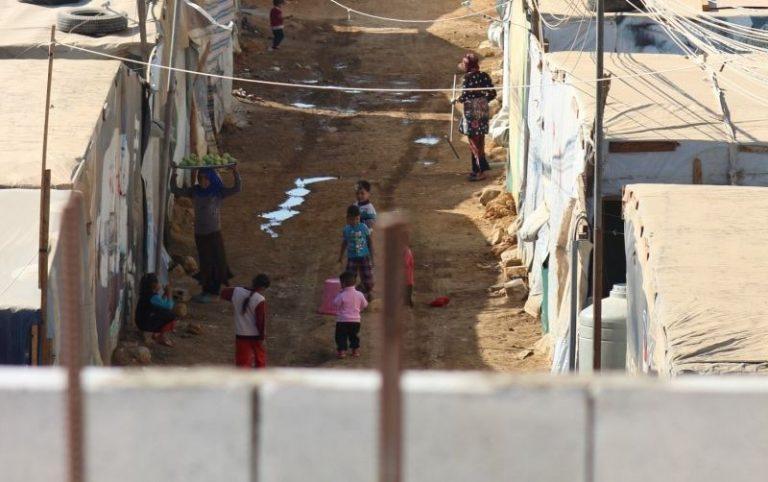 Trööstitu elamine põgenikelaagris Bar Eliases.