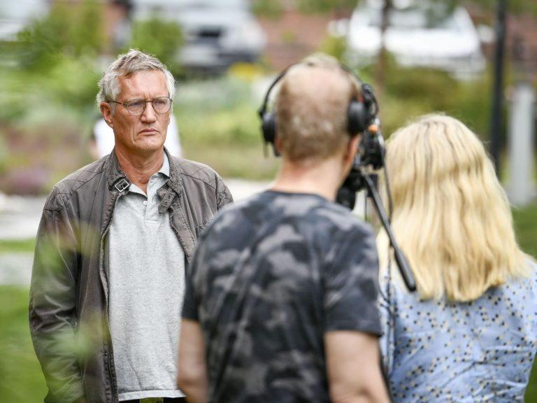 Rootsi peaepidemioloog Anders Tegnell kõnelemas ajakirjanikele juulikuus.