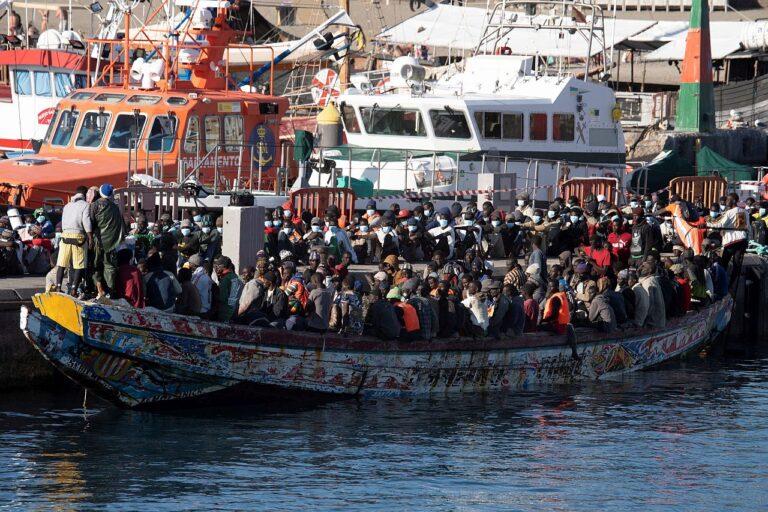 Umbes 240 migranti saabumas Tenerifele Hispaanias. Euroopa Liidu lõunapoolsed liikmesriigid on rõhutanud migrantide jaotamise mehhanismi sisseviimist.