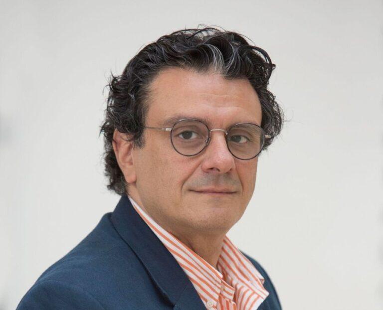 Istanbuli Kadir Hasi ülikooli rahvusvaheliste suhete professor Dimitrios Triantaphyllou.