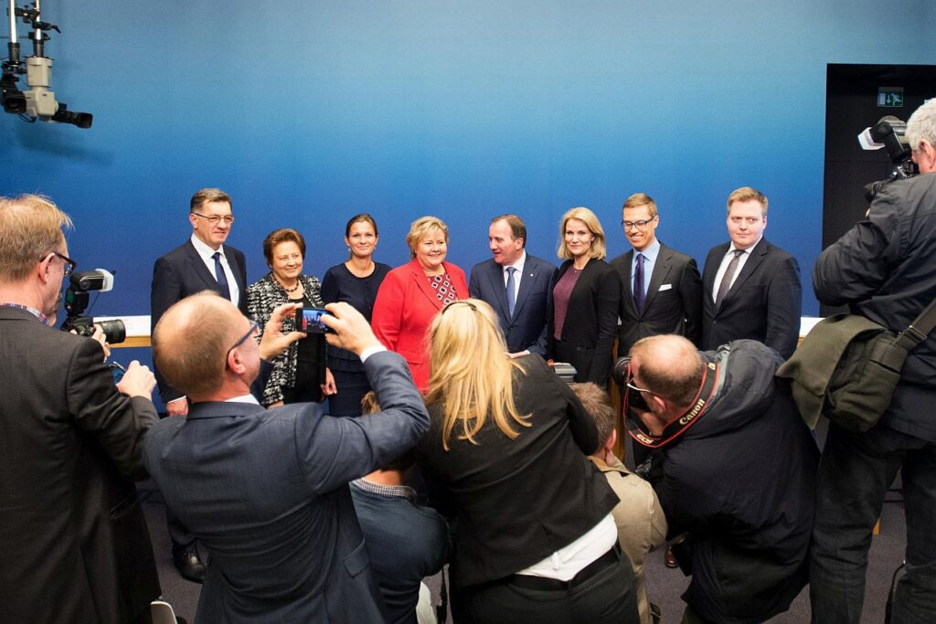 Tavaks kujunenud Põhjamaade ja Balti riikide peaministrite kohtumine Põhjamaade tippkohtumise veerel 2014. aastal Stockholmis. Stubb paremalt teine, Eestit esindas toona väliskaubandus- ja ettevõtlusminister Anne Sulling (vasakult kolmas).
