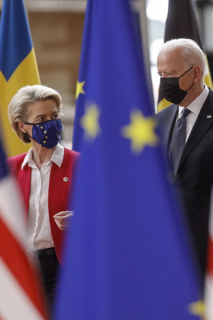 """Euroopa Komisjoni president Ursula von der Leyen. Luuk van Middelaari hinnangul peab Euroopa Liit võtma sihiks tõusta suurjõuks suurjõudude seas: """"Alles siis võtavad USA ja Hiina Euroopat kui kaasmängijat maailma areenil tõsiselt."""""""