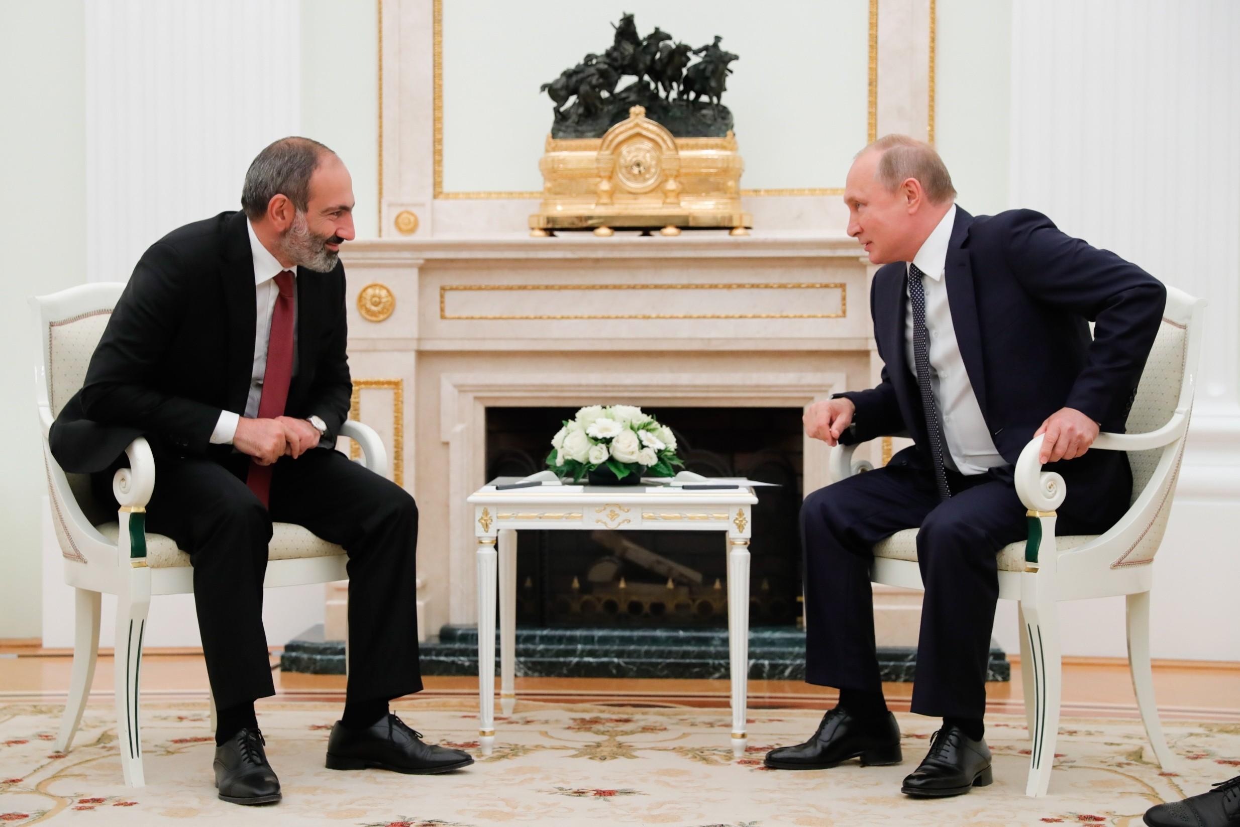 """0b08f2832d4 ... füüsiliselt ja materiaalselt Venemaale koormaks"""" ning seetõttu kui  """"armeenlased tahaksid maha hüpata"""", siis see oleks """"Venemaale kergenduseks""""."""